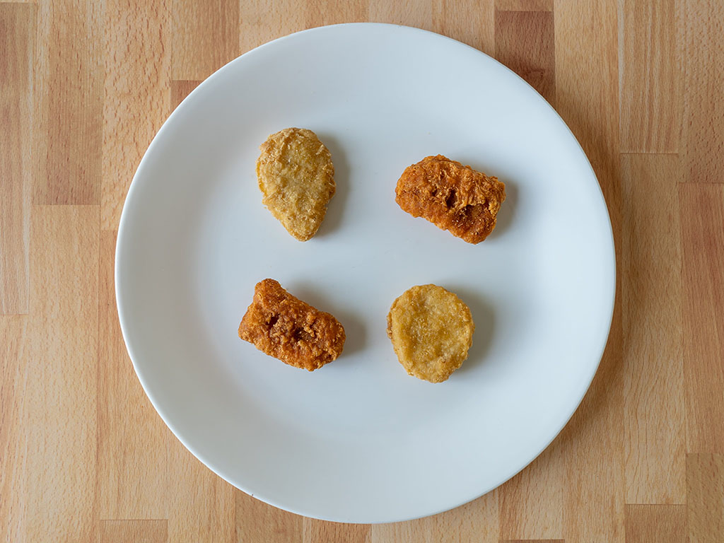 Regular and spicy nuggets - spot the difference