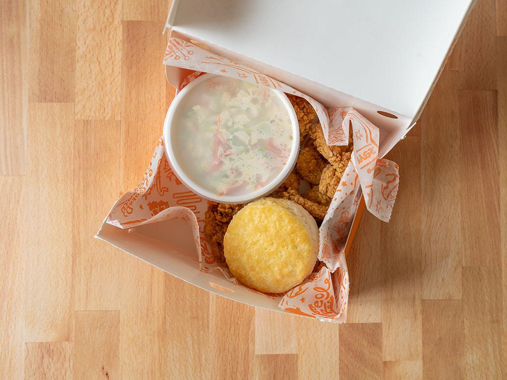 Popeyes Cajun Crispy Shrimp box interior