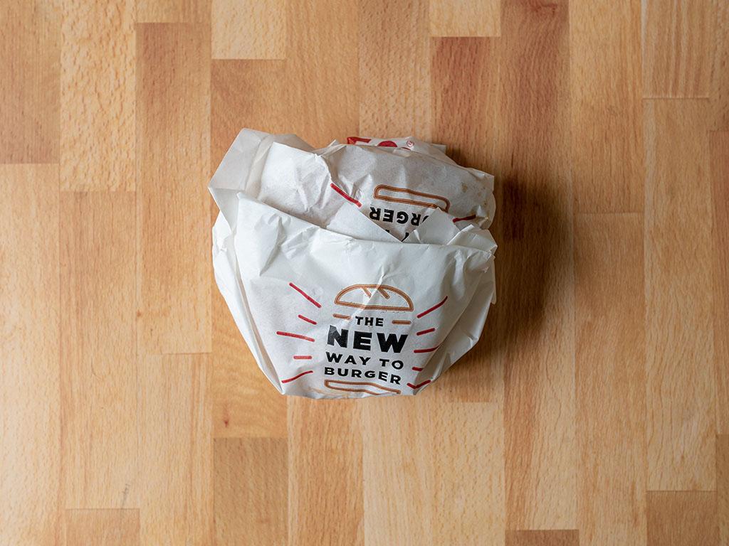 Smashburger Scorchin' Hot Crispy Chicken packaging