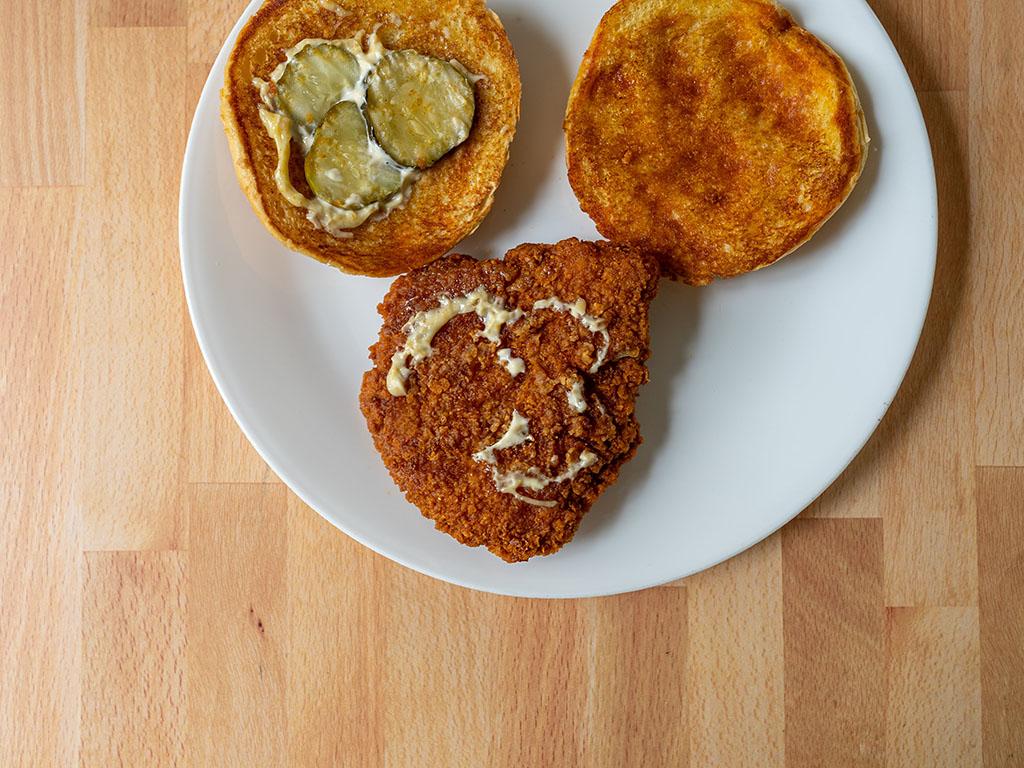 Smashburger Scorchin' Hot Crispy Chicken toppings